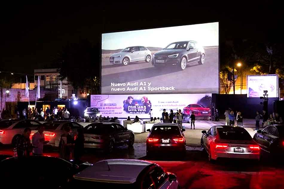 Outdoor-LED-advertising-for-Audi-Q7
